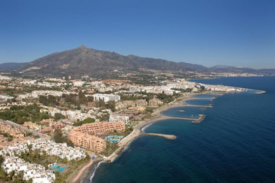 The Marbella Golden Mile: Quick Guide to Exclusive Properties and Urbanizations