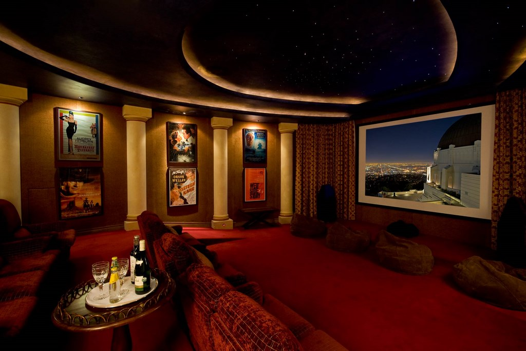 Fabulous mansion with home cinema. MPV2056