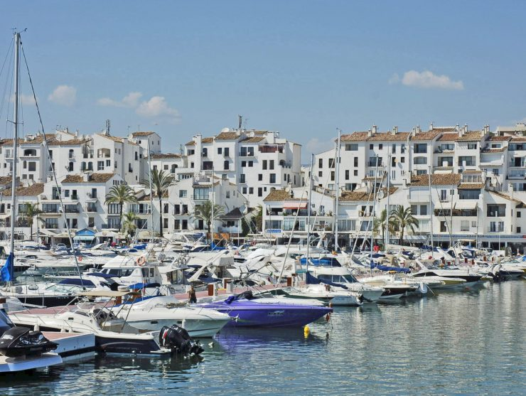 Luxury Villas for sale in Marbella's Marina of Puerto Banús