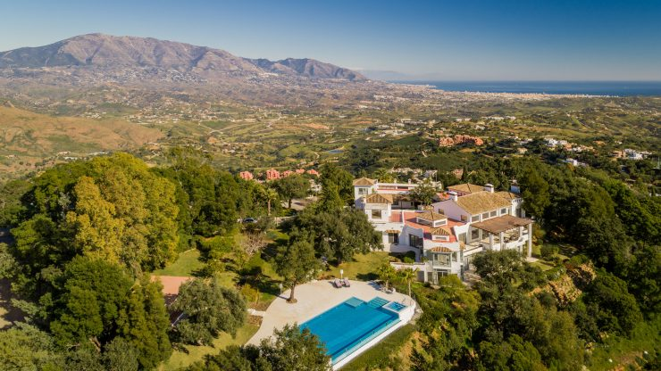 Luxury properties in Marbella East