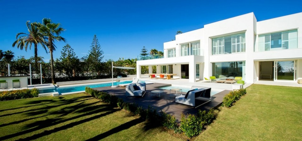Villa in Rio Verde Playa, Marbella Golden Mile